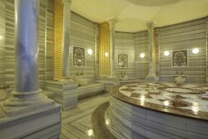 هتل آلکوچلار اکسکلوسیو کمر آنتالیا