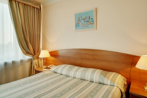 هتل آزیموت سنت پترزبورگ