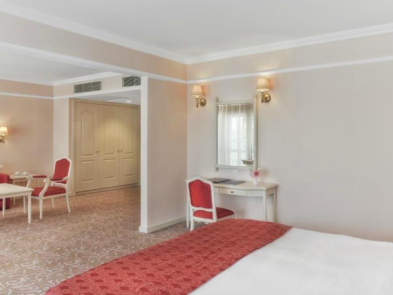 هتل آستریا کرملین پالاس آنتالیا