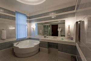 هتل بالتیک استار سنت پترزبورگ