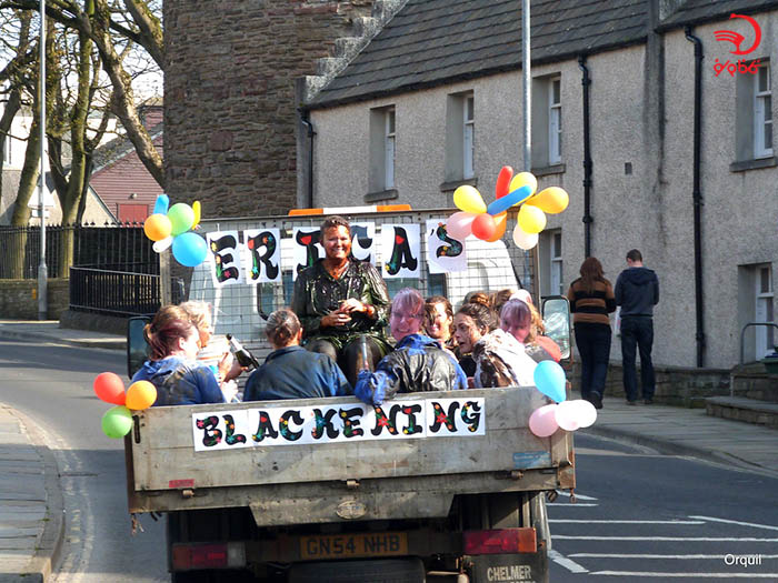 سیاه کردن عروس در اسکاتلند
