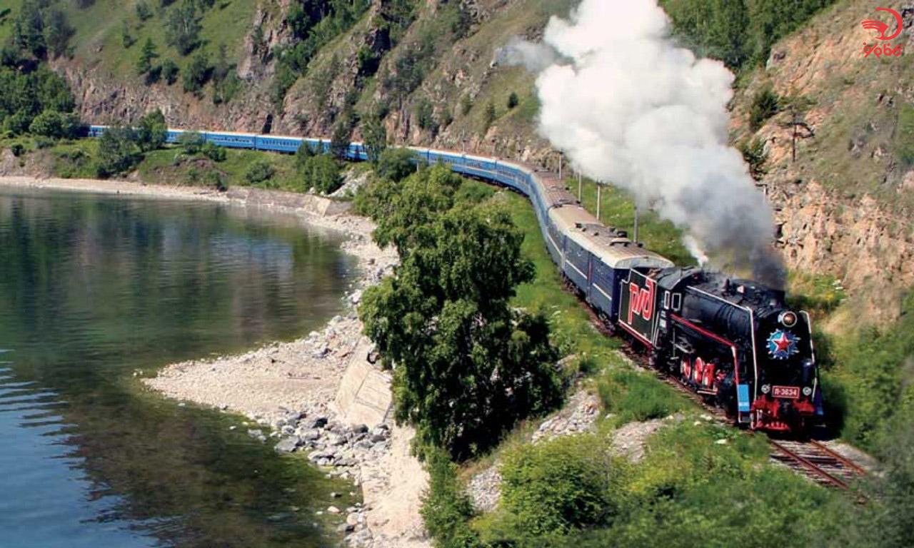 قطار عقاب طلایی