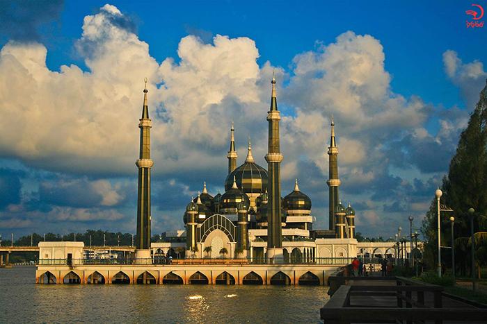 مسجد کریستال، مالزی