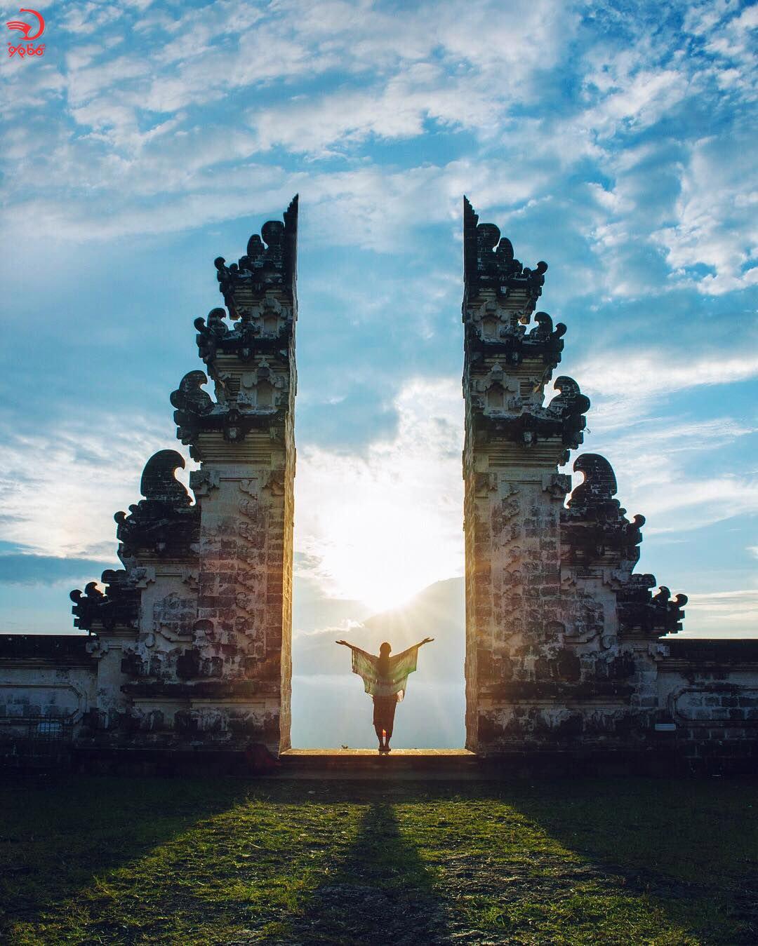 معبد پورا لمپویانگ لوهور بالی