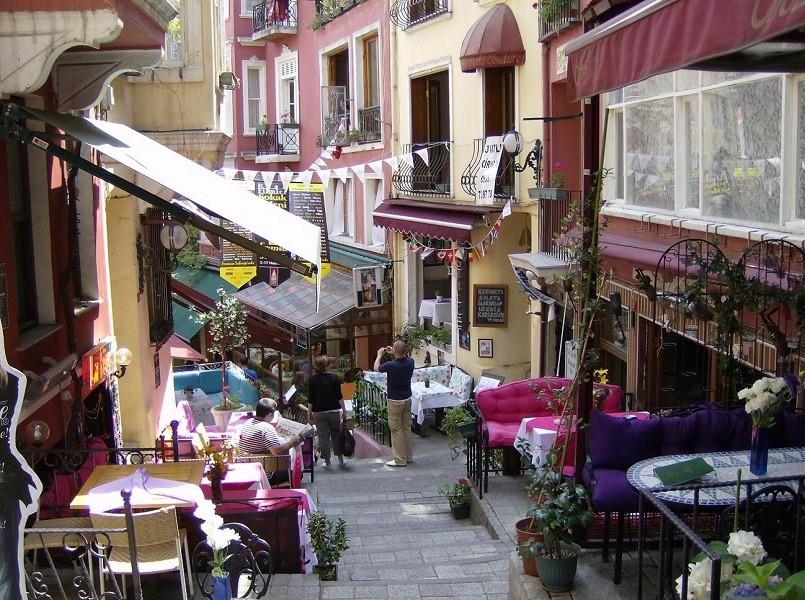 خیابان فرانسوی خیابان استقلال