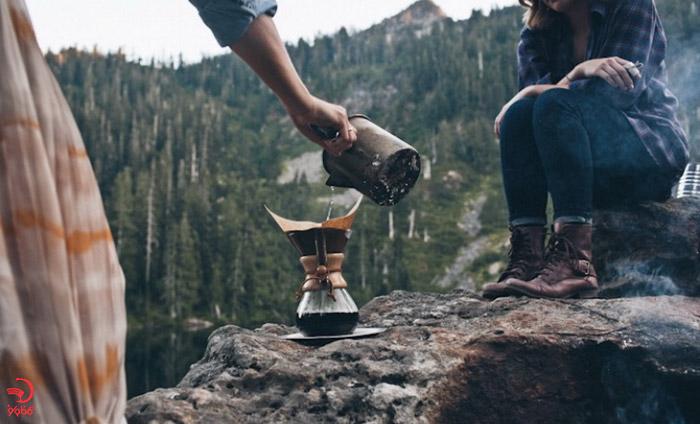 اجتناب از قهوه و چای زیاد در سفر
