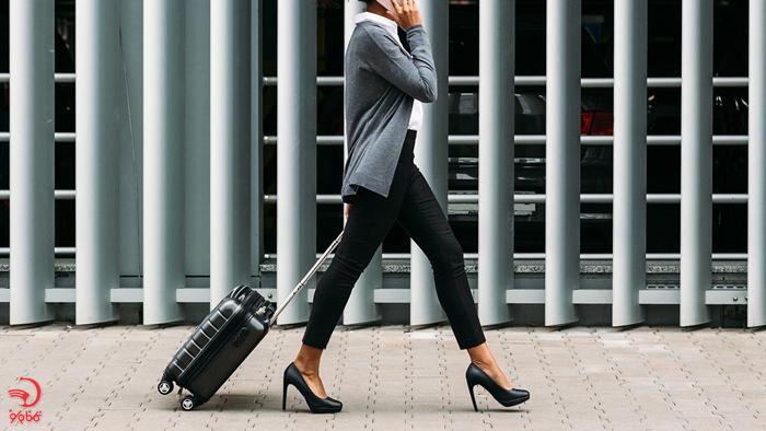 کفش و جوراب راحت در پرواز های طولانی