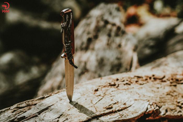 چاقو از لوازم ضروری برای طبیعت گردی
