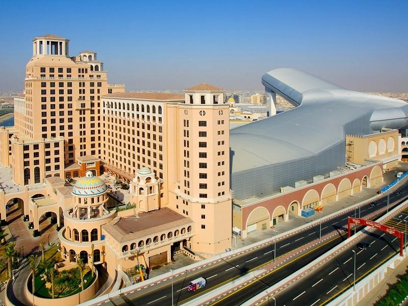ساخت و تاریخچه ی مرکز خرید امارات