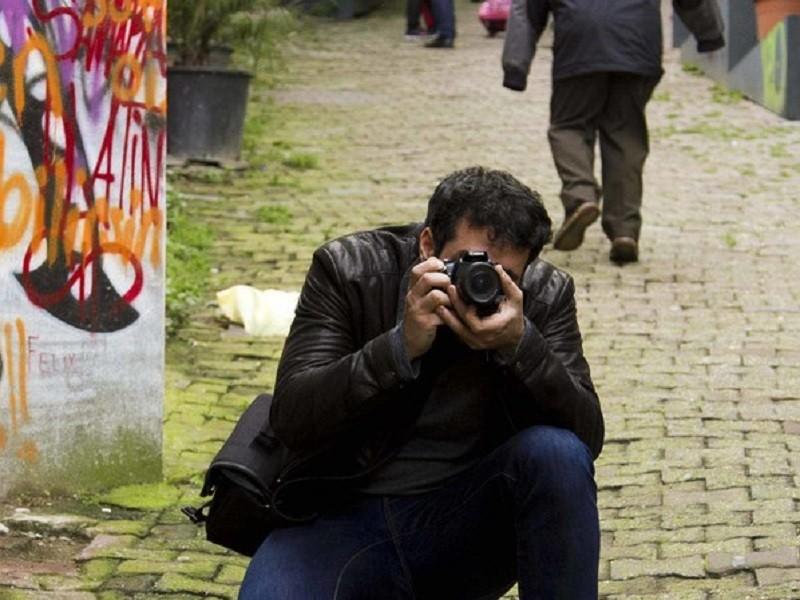 عکاسی خیابانی در خیابان استقلال