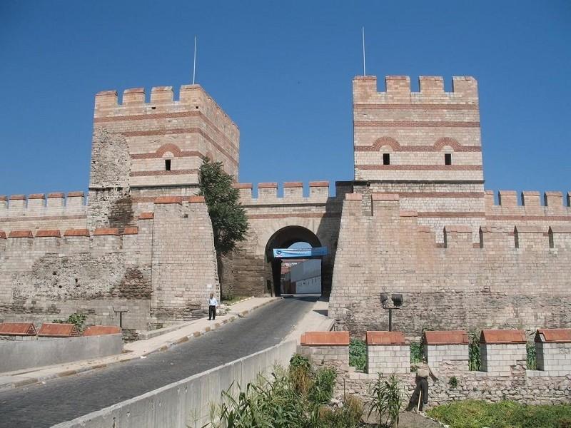 دروازه ی نظامی دوم