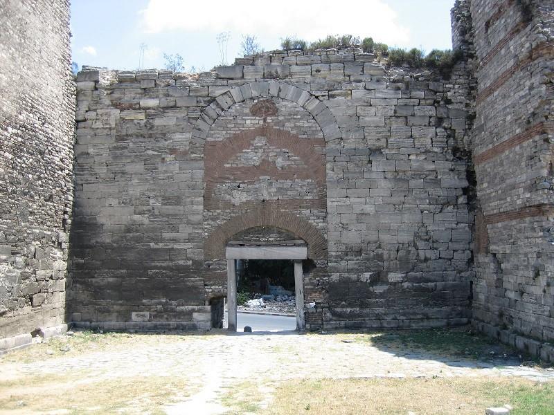 دروازه ی نظامی پنجم