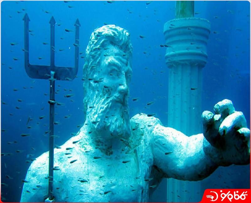 موزه زیر آبی - Sualti Muzesi