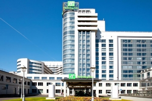 هتل هالیدی این ماسکوفسکیه واروتا سنت پترزبورگ