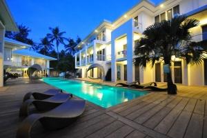 هتل آستوریا بوراکای