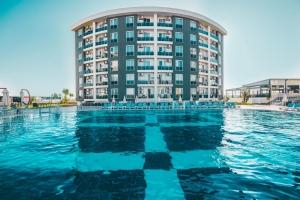 هتل لارا فامیلی استار آنتالیا