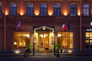 هتل آنگلتر سنت پترزبورگ