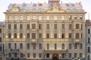 هتل پترو پالاس سنت پترزبورگ